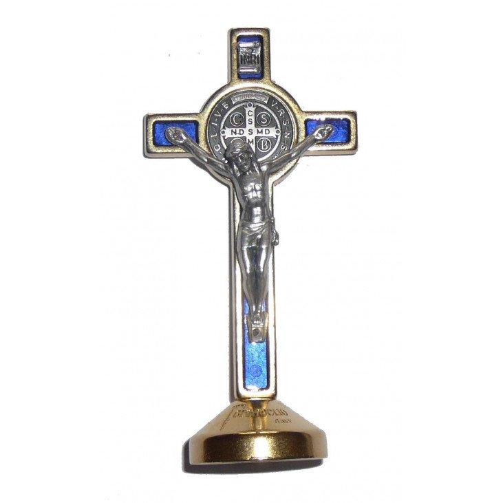 Croix de Saint Benoit sur socle